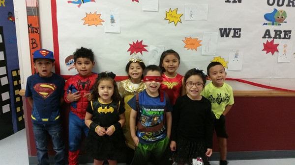 LP elem - Character Day