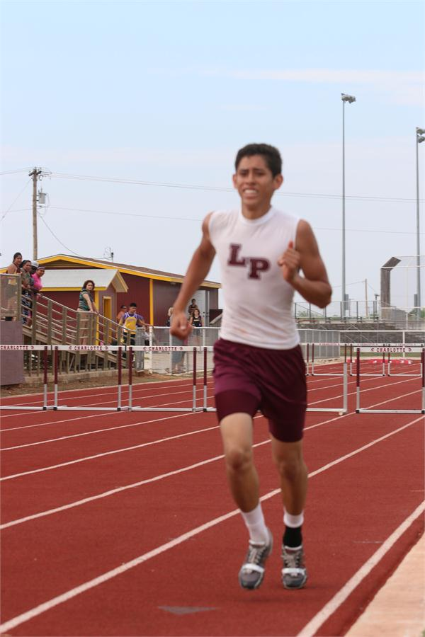 Joe Adrian Martinez - 4X200/4X400