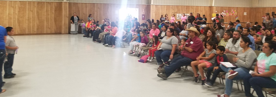 Full house of parents and family of elementary students